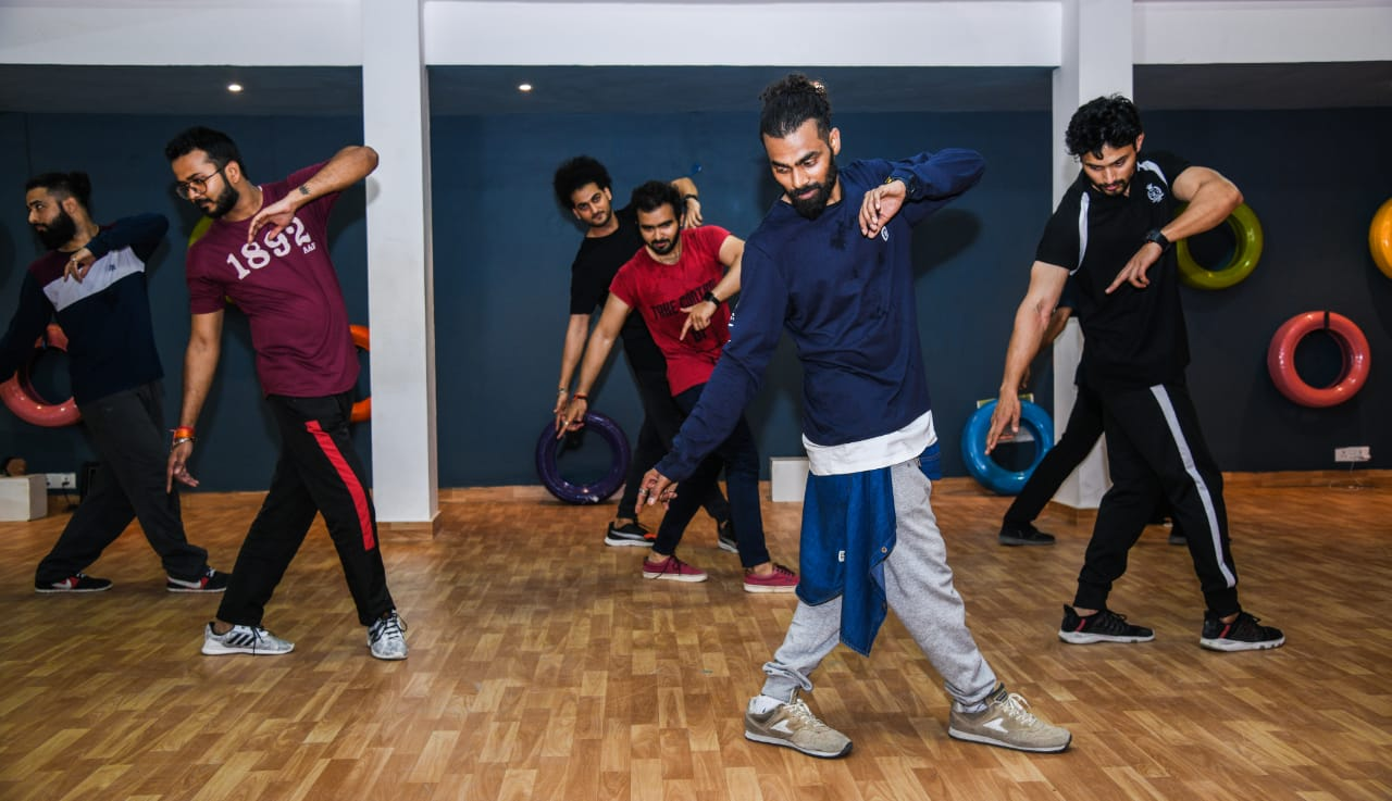 fitness and zumba classes in vasant kunj