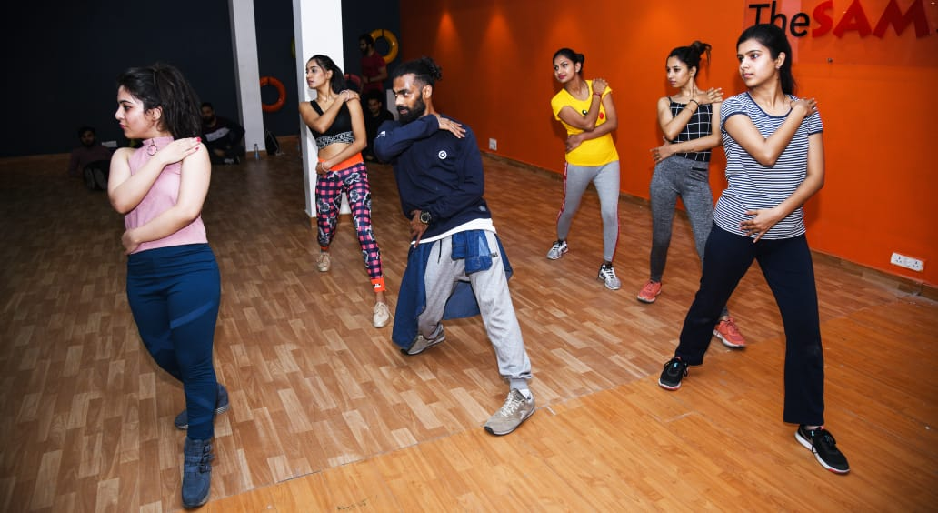 professional dance trainer in delhi india