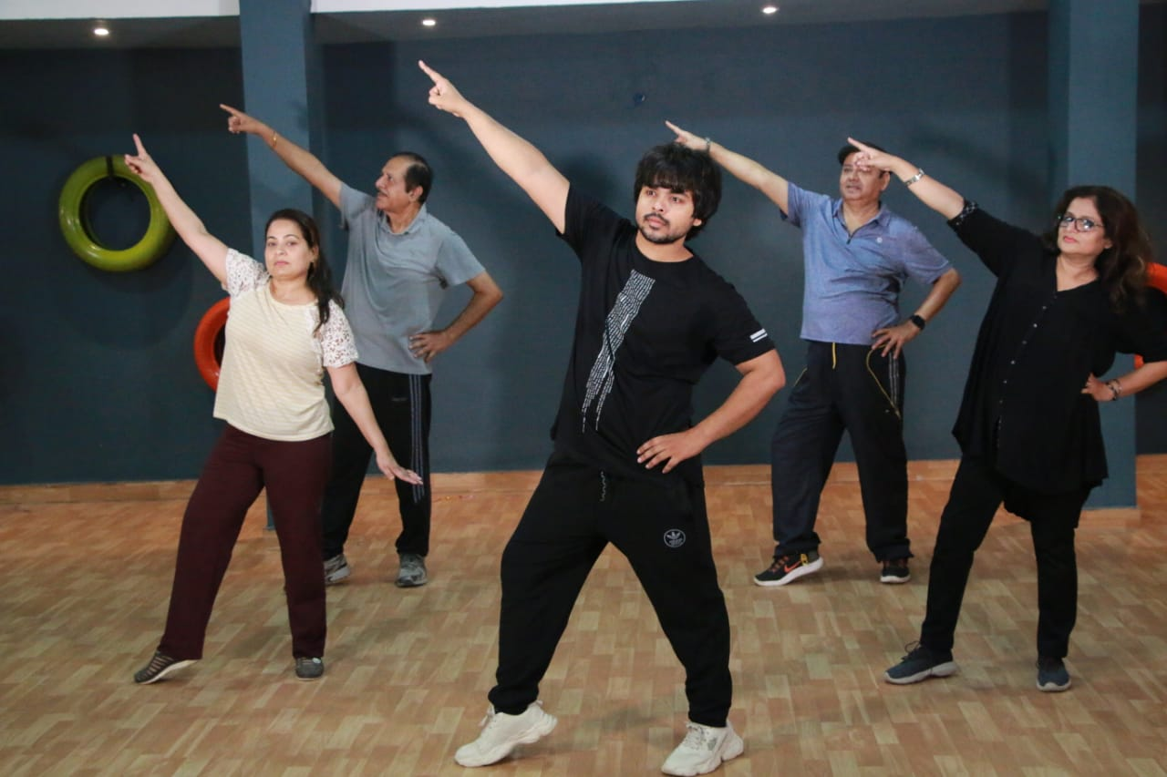 older dance classes in Vasant kunj